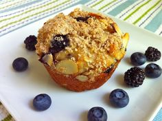Healthier Black and blueberry oat muffins (made with greek yogurt) from Fountain Avenue Kitchen Blueberry Oat Muffins, Raspberry Muffins, Raspberry Recipes, Blue Berry Muffins, Oatmeal Muffins, Healthy Bread Recipes, Healthy Muffins, Snack Recipes, Breakfast Bites
