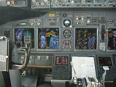 Boeing+737-800+Cockpit.JPG 720×540 pixels