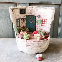 Fairy Tree Houses, Clay Fairy House, Tin Can Crafts, Clay Crafts, Coffee Can Diy Projects, Painted Tin Cans, Cement Flower Pots, Kids Clay, Clay Fairies