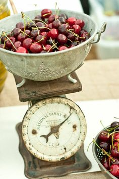 Dessert Buffet Ideas — Wedding Ideas, Wedding Trends, and Wedding Galleries