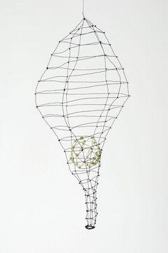Mari Andrews wire sculpture