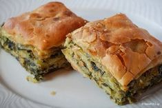 Traditional pies from the Zagori region. Among the best in the region are the pies you can eat at Takis stop in the valley of Aspraggeloi Greek Desserts, Greek Recipes, Desert Recipes, Cypriot Food, Greek Pita, Greek Pastries, Greek Cooking, Greek Dishes, Spanakopita