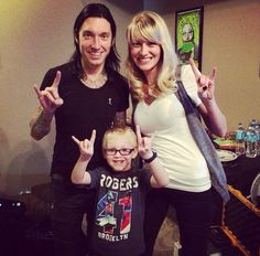 W/Sarah Pitts Lowry & nephew Black Viel Brides, Black Veil Brides Andy, Bvb Fan, Jake Pitts, Motionless In White, Panic! At The Disco, Pierce The Veil, Green Day, Fall Out Boy