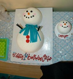 Birthday cake for a baby first birthday. Too cute for Winter ONEderland or snowman theme! Snowman Birthday Parties, Snowman Party, Winter Birthday Parties, Birthday Fun, Birthday Ideas, Snowman Cake, Winter Parties, Birthday Cake, Christmas Parties