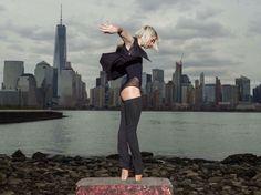 Adrienne Canterna is de choreografe en enige vrouwelijke danser  van The Bad Boys of Ballet gekleed in de Paneled Black Bodysuit van Dincwear. #badboysofballet #dincwear #balletschool #dansschool #auditie #dansacademie #danceandfashion #haverstraatpassage #enschede #amsterdam