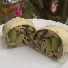 """Give my """"McLean breakfast wrap"""" a go for breakfast tomorrow It's #leanin15 and cooked in @lucybeecoconut oil"""