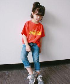 Cô nhóc 5 tuổi tóc ngắn, mặt xinh, mặc đồ yêu không tả xiết - Ảnh 3.