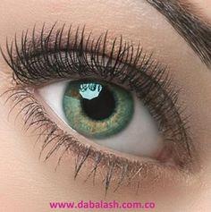 Dabalash fortalecerá tus pestañas, en poco tiempo se verán más largas y hermosas.