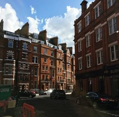 The winding streets of #Kensington, #London