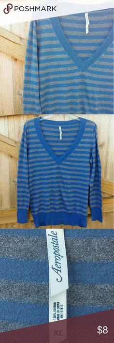 "Aeropostale striped sweater (XL) Lightweight V-neck sweater, great used condition. Has a tiny hole in armpit area. Measurements laid flat. L approx 26"" bust 21"" Aeropostale Sweaters V-Necks"