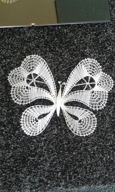 Bobbin Lacemaking, Lace Heart, Lace Jewelry, Engagement Ring Cuts, Lace Detail, Butterfly, Brooch, Embroidery, Crafts