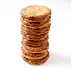 La Cuisine de Bernard : Havreflarn (galettes suédoises à l'avoine comme chez Ikea) Cookie Recipes, Dessert Recipes, Christmas Goodies, Naan, I Foods, Food Inspiration, Sweet Recipes, Bakery, Snacks