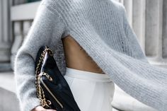 grey sweater / knit / slit / streetstyle / style