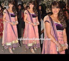 bipasha-basu-binal-shah-navin-mahek-shetty-wedding-reception
