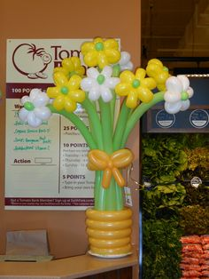 Made by Patricia Balloona, http://patriciaballoona.wordpress.com/2014/01/19/308th-balloon-sculpture-flower-bouquet-mania/