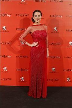 Mar Saura y la historia de su vestido de Lorenzo Caprile para presentar los V Premios Mujer hoy 2013 http://www.guiasdemujer.es/st/uncategorized/Mar-Saura-y-la-historia-de-su-vestido-de-Lorenzo-Caprile-para-presenta-2663