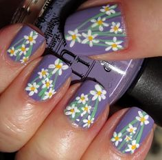 This is my favorite of all the nails I have seen.  So beautiful.