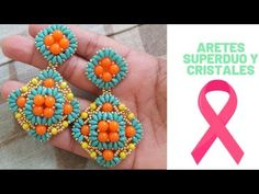 ARETES SUPER DUO Y CRISTALES otoño invierno 2019 2020 - YouTube Beading Patterns, Embroidery Patterns, Earring Tutorial, Beading Projects, Bead Weaving, Beaded Earrings, Diy And Crafts, Crochet Necklace, Beads
