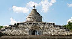 Imagini pentru mausoleul de la marasesti