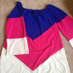 Zullily dress shirt Very vibrant and colorful top also can be used as a short dress great for summers :) can fit a size large or medium. Bell sleeves Zulily  Tops Blouses