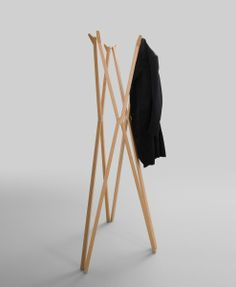 Treee foldable coatrack in solid wood designed by Luciano Bertoncini