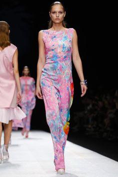 Shiatzy Chen Ready To Wear Spring Summer 2015 Paris