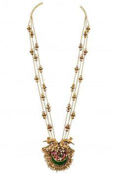 Bachelor Degree in Jewelry Design - Accademia Italiana India Jewelry, Temple Jewellery, Jewelry Sets, Amarpali Jewellery, Jewelry Making, Indian Wedding Jewelry, Bridal Jewelry, Bling Bling, Diamond Jewelry