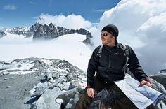 A Bosch XL-es fűthető kabát, alkalmas munkavégzéshez és a szabadidő eltöltéséhez pl: síelés, snowboardozás, szánkózás, túrázás. Az ilyen fűtéssel szerelt kabátok önmagukban is meleg viseletnek számítanak, a fűtőelemek plusz kiegészítő funkciót látnak el. A fűtőzónák percek alatt felmelegítik a Bosch fűthető kabátot. A nagy felületű karbon fűtőbetétek a mellkason és a hát felső részén melegítenek a 10,8 V-os Bosch akku alkalmazásával. A Bosch fűthető kabát 3 fűtési fokozattal rendelkezik…
