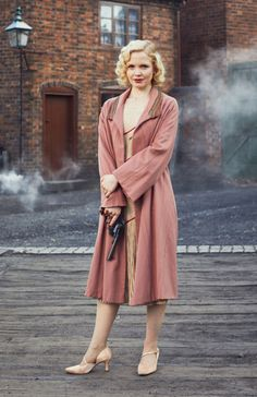 Peaky Blinders - Kate Phillips as Linda Shelby 💙 20s Fashion, Vintage Fashion, Womens Fashion, Costume Peaky Blinders, Peaky Blinders Dress, Peaky Blinders Merchandise, Peeky Blinders, Style Année 20, Mode Ulzzang