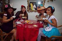 Alice In Wonderland ~ Tea party