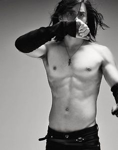 pants, long hair, and arm warmers? sure, why not.. | jared leto