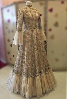 Dress Brokat Muslim, Muslim Prom Dress, Dress Pesta, Hijab Dress, Indian Bridal Fashion, Indian Fashion Dresses, Dress Indian Style, Pakistani Dresses, Stylish Dresses For Girls