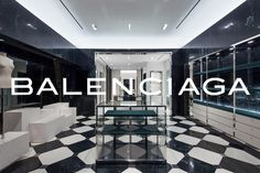 In its quest for luxury retail domination, Highland Park Village has scored again — this time with Balenciaga, the first Texas boutique for the brand a Famous Interior Designers, Best Interior Design, Bathroom Interior Design, Interior And Exterior, Balenciaga Store, Highland Park Village, Autumn Home, Unique Home Decor, Retail Design