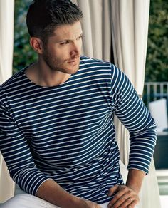 Jensen Ackles by Jim Wright for Harper's Bazaar Jensen Ackles Supernatural, Jensen Ackles Jared Padalecki, Jared And Jensen, Supernatural Fandom, Castiel, Misha Collins, Smallville, Jensen Ackles Photoshoot, Jim Wright