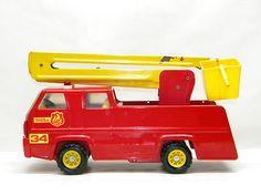 Vintage TONKA TOY Truck #34 SNORKEL FIRETRUCK Large Metal Toy Tonka Trucks, Tonka Toys, Toddler Fashion, Boy Fashion, Firetruck, Metal Toys, Toy Boxes, Vintage Toys, Toddler Boys