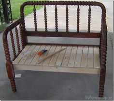 Woodworking Bench Jenny Lind twin bed made into a bench. - how to make a spool bed into a useful headboard bench. Great tutorial to show you how to make your own headboard bench from a vintage jenny lind bed Baby Bed Bench, Crib Bench, Headboard Benches, Headboard And Footboard, Headboards, Daybed, Bookcase Headboard, Bench Seat, Furniture Fix