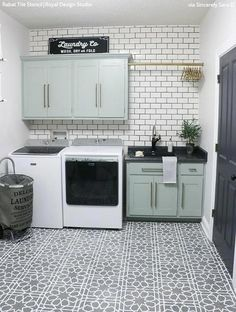 Home Interior Simple DIY Kitchen Decoration Ideas ! Mudroom Laundry Room, Laundry Room Layouts, Laundry Room Remodel, Laundry Room Organization, Laundry Room Design, Laundry Room Cabinets, Laundry Room Makeovers, Laundry Decor, Laundry Room Bathroom