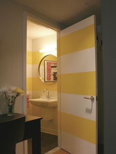 Big Stripes in this powder room