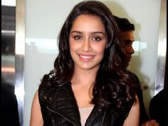 Shraddha Kapoor Comfortable Being Clicked Without Make Up