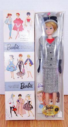 "the-beautiful-world-of-barbie: "" Vintage dressed Bubble cut Barbie in ""Career Girl. Old Barbie Dolls, Play Barbie, Barbie Skipper, Barbie Dress, Girl Barbie, Barbie Stuff, Barbie Outfits, Barbie Toys, Barbie Vintage"