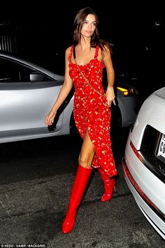 Emily Ratajkowski wears red for Leo DiCaprio party in LA | Daily Mail Online