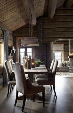 36 Comfy Chalet Dining Rooms And Zones | ComfyDwelling.com #PinoftheDay #comfy #chalet #dining #rooms #zones #DiningRooms #DiningZones