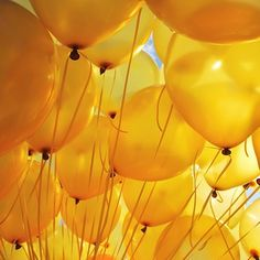 Shades Of Yellow Color Names For Your Inspiration Image de yellow, balloons, and aesthetic Orange Pastel, Yellow Balloons, Gold Balloons, Happy Balloons, Yellow Theme, Color Yellow, Yellow Top, Orange Yellow, Baby Yellow