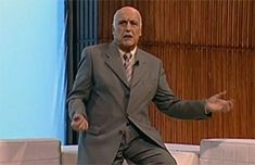 Murió Fabio Zerpa, el experto en ovnis más famoso de Argentina | Argentina Suit Jacket, Suits, History Teachers, Celebs, Outfits, Jacket, Men's Suits, Suit, Suit Jackets
