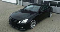 ✓ Edel - RFK Tuning Mercedes E-Klasse Coupe auf 20 Zoll ✓ tuningblog.eu - Magazin - jetzt lesen! Neue Alufelgen sind in der Tuning-Szene ein absolutes muss und eines der auffälligsten Merkmale an einem getunten Fahrzeug. Was liegt da näher als sich im