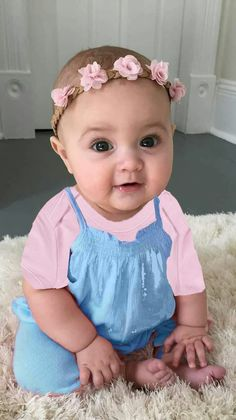 Cute Baby Girl Photos, Baby Pictures, Baby Photos, Lil Baby, Baby Love, Baby Girl Dress Design, Everything Baby, Kids Wear, Little Ones