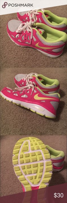 Nike Running Shoes Worn a handful of times but never outside only in the gym. Excellent condition. Very lightweight Nike Shoes Sneakers