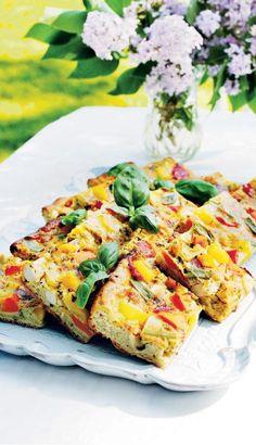 Currybroileri-kasvispiirakka