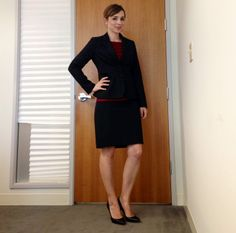 Nine-Thirty to Five: Two California lawyers post what they wear everyday. **TODO**  930TO5