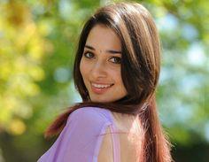 Tamanna Bhatia Hot Pics